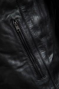 Notus Zip Black