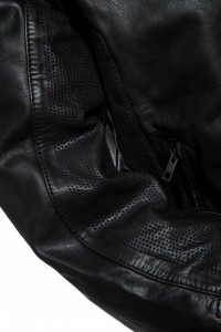 Notus Sleeve Perforations Black